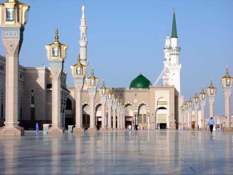 Masjid_Nabawi-1